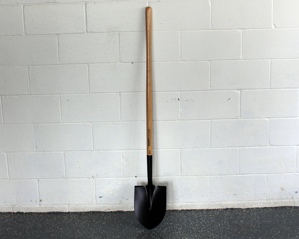 Pointed shovel 48in handle